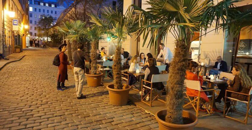 Schanigarten Bestens Bar